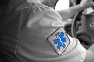 ambulancier noir et blanc 2